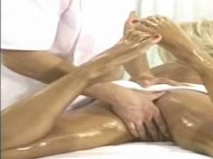 primer-eroticheskogo-massazha-muzhchine